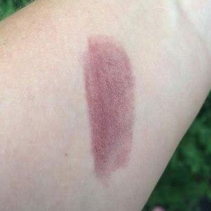 PÜR Château de Vine Mineral Lipstick Lipstick Review