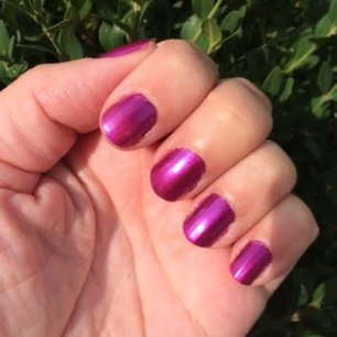 OPI Suzi & the 7 Düsseldorfs Nail Polish Review4
