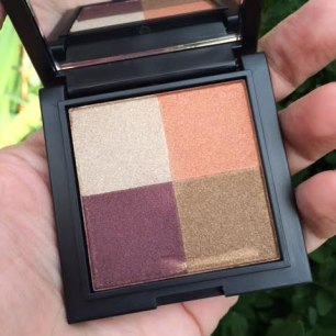 Borghese Eye Shadow Quad and Bronzer Highlighter Duo Review