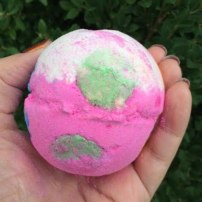 Lush Christmas Luxury Lush Pud Bath Bomb Review