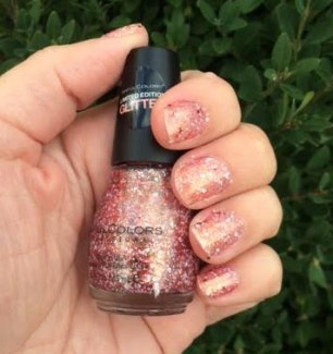 Holiday 2016 SinfulColors Santa Claws & Sleigh My Name Nail Polish Review
