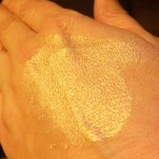 ARTIST COUTURE Illuminati Is Like Liquid Gold In A Powder!