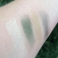 Clinique All About Shadow Quad Eyeshadow Review