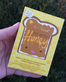 Too Faced Peanut Butter & Honey Palette Review